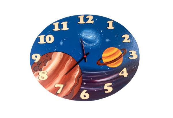 hodiny Vesmír