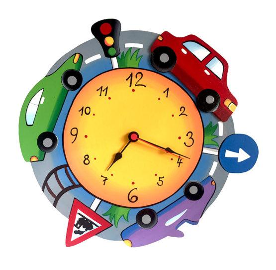 Tiko-dekorace | Dětské dřevěné nástěnné hodiny auta s tichým chodem, ručně malované, na jednu tužkovou baterii, česká kvalita a ruční práce.